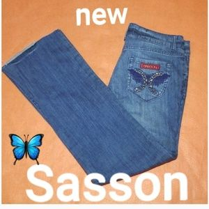 Sasson Distressed Jeans